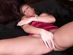 Classy Cougar Victoria Masturbating