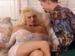 Lisa Lipps Has Lucious Tits
