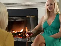 Brea Bennett And Lux Kassidy
