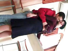 Seducing The Mature Mother Slut And Fucking Her