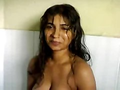 Curvy Lady Givin Blowjob 2 Her Bf