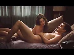 Anne Hathaway Makes Love Naked With Her Lover