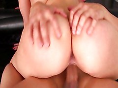 Alexis Texas Shakes Her Big Hot Ass