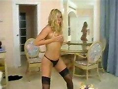 Blond Stripping