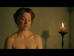 Lucy Lawless Topless In The Bath