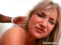 Hot Bitch Gets Nailed Like Crazy