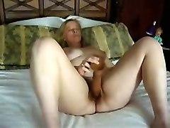 Texas Housewife Prefers Huge Toys  Webcam Movie