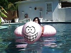 Ho\s Float