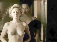 Nina Siemaszko Nude