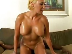 Chocolate Guy Has Blonde Chick To Fuck!