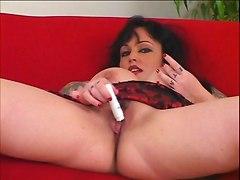 Big Clit & Pussy Lips 9