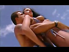 Horny Babe Giving Photosession And Fucking In Beach
