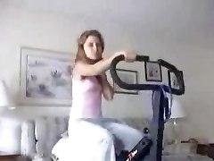 Young Dutch Bitch Showing Ass On Webcam