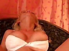 Vivian Schmitt - 24 Stunden Geil