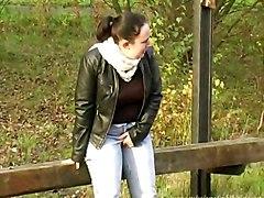 Uk Girl Nimue Desperate To Pee